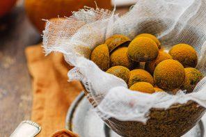 cioccolatini arancia e curcuma by fancy factory Alessandro Zaccaro